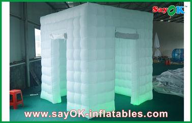الصين تغيير لون الأبواب 2 نفخ الصور بوث الصمام الخفيفة 2.4 م مع منفاخ المزود