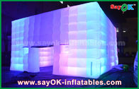 في الهواء الطلق البلاستيكية المغلفة خيمة العملاق مكعب قابل للنفخ مع تغيير لون الضوء / منفاخ الهواء